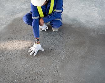 technician epoxy floor quality check